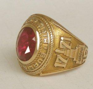 Nhẫn Mỹ Cổ Sưu Tầm : còn rất đẹp sắc nét