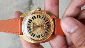 Đồng hồ woktok của nga