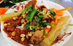 Review-Binh-Ba-Diep-Son-Dam-Mon-Xuan-Dung-Nha-Trang-Binh-Hung-Binh-Lap-Vinh-Hy-Hang-Rai (11).jpg