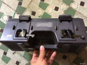 Bán 4 sạc pin Sony BC - L120 dành cho pin lớn