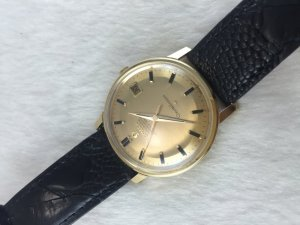 Omega Constellation Chronometer 250 Automatic solid 18k gold Case & Dial's Black Stone Cal561