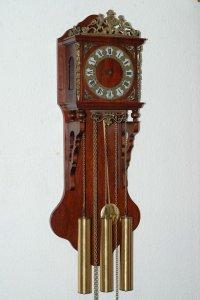 Đồng hồ 3 tạ xích của Đức, hãng FHS