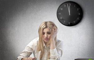 Những thói quen nguy hiểm trước khi đi ngủ bạn cần phải tránh