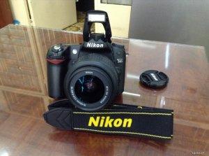 Body Nikon D80 4300 shot xách tay - BH 3 tháng