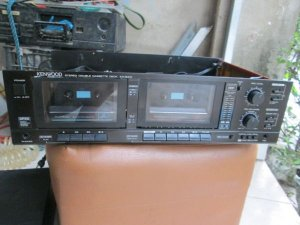 cassette tape deck kenwood kx-64W
