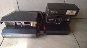 Cặp Polaroid xưa