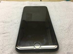 Iphone 7 plus 128gb jet black . Hàng chính hãng VN . Bh 9 tháng