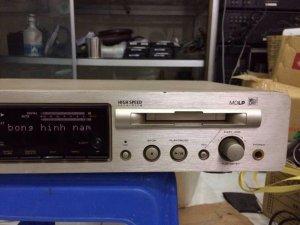 CD/MD Marantz CM6200, hàng bãi nguyên zin, đã test thu phát Chuẩn, mắt đọc rất tốt.