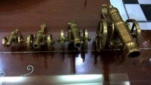 Dàn 4 khẩu pháo bằng đồng của Pháp