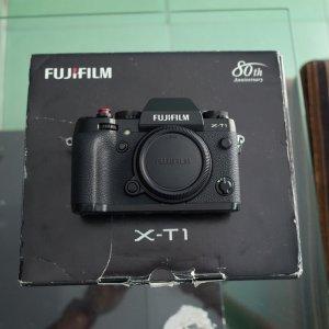 Fujifilm XT1, X10