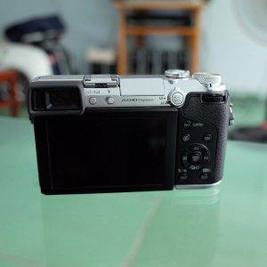 Panasonic GX7 + 20f1.7 ii màu bạc, rất đẹp