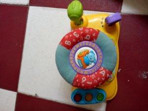 Đồ chơi trẻ em (MS1 ) VTECH AROUND TOWN BABY DRIVER - Hàng xách tay từ Mỹ -
