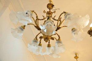 Đèn chùm cổ Châu âu cực đẹp, có 102, hàng xách tay nguyên bản