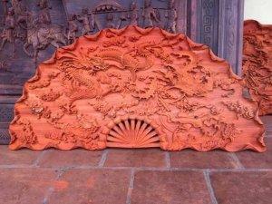 Tranh quạt gỗ hương thanh lý giá bèo
