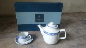 Bộ đồ trà Chim Lạc của Minh Long