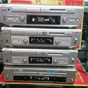Mấy đầu CD-MD Sony mới về từ Nhật mới leng keng