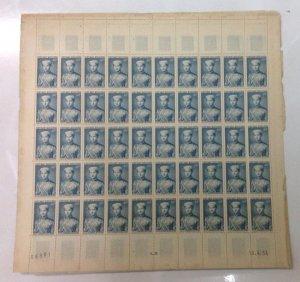 bán 2 tấm tem Nam Phương Hoàng Hậu và Hoàng Tử Bảo Long