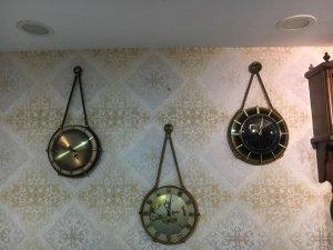 Đồng hồ treo tường dây thừng 1970 Germany . Độc Đáo Và Cổ Điển