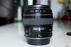 Bán Len Canon 75-300 iii usm + Flash Sunpak pz40x