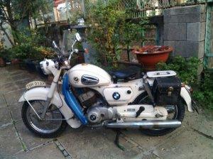 Giao lưu xe SUZUKI 125 cc, 2 bô, dáng cổ điển