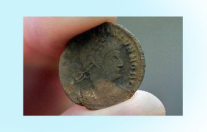 Kho báu tiền cổ khổng lồ vừa được phát hiện tại nước Anh – Toàn tiền vàng
