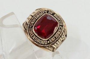 Nhẫn USA 10K Gold University 1988