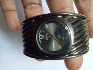 Đồng hồ QUATRZ JAPAN MOVT - 95% hàng xách tay từ Mỹ