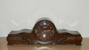 Đồng hồ vai bò của Đức, 3 lỗ, 9 gông đồng