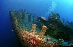 Phát hiện kho siêu xe bị đắm chìm dưới lòng đại dương còn khá nguyên vẹn