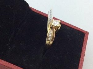 NHẫn vàng tây 14k ổ ngoại của hãng LCA gắn kim cương thiên nhiên kiểm định số H 17041
