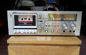 Bán Đầu Deck AKAI GXC 750 Hoa Hậu Châu Âu Mất Xốp.