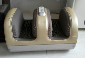 Máy massage chân bấm huyệt