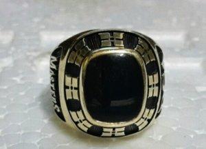 Nhẫn Mỹ 10k đẹp như mới giá mềm.
