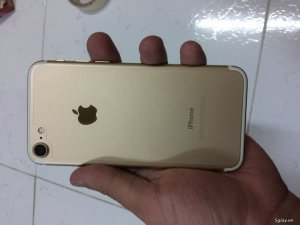 7 lock 32gb Gold like new