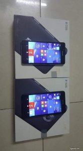 Lumia 950 đen và trắng, chính hãng fpt như mới 99,99%