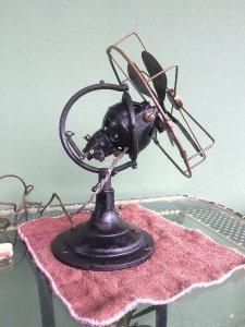 Bán quạt Zephyr' Antique Oscillating Electric 8 hiếm thấy