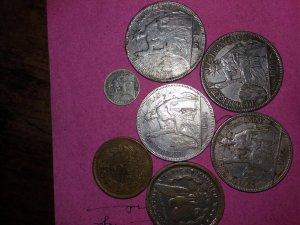 Đồng bạc hoa hòe pháp, đồng lớn.