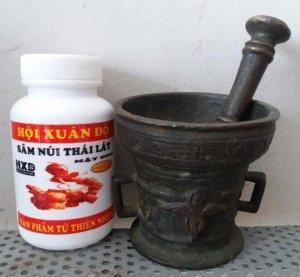Chày và cối đồng giã thuốc bằng đồng cổ xưa hội xuân độ