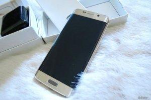 Samsung S6 Edge màu Gold chính hãng SSVN Full Box 99.9% nguyên zin
