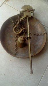 Cân đồng xưa SOBER