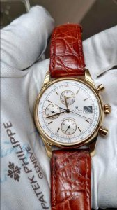 Bulova swiss made chronographe.