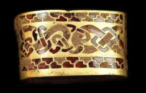 Những kho báu cổ khổng lồ chứa đầy vàng bên trong khắp thế giới được phát hiện