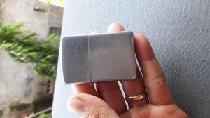 Zippo 49-50 PAT 2032695. Vỏ đồng ruột niken
