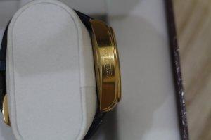 Đồng hồ Buran Trăng Sao dáng OVan