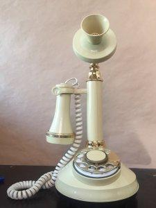 Điện thoại cổ Mỹ 1973, độc đẹp sang trọng