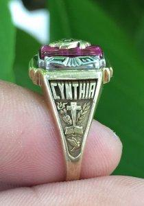 """Nhẫn Mỹ vàng 10k """" 1992 """" - Nặng: 5,47 gam - Size: 18,9 mm"""