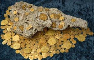 Một thợ săn kho báu người Florida (Mỹ) đã tìm thấy một kho báu trị giá 4,5 triệu USD