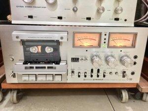 CT - F1000 như thùng xốp