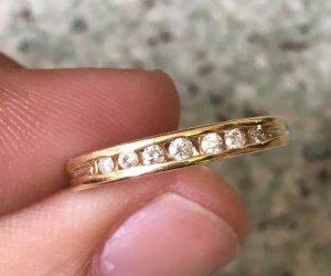 Nhẫn vàng ngoại 10k - Đính 7 viên từ 1,5-1,9ly
