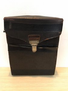 Giao lưu 1 máy quay phim Kodak của Mỹ